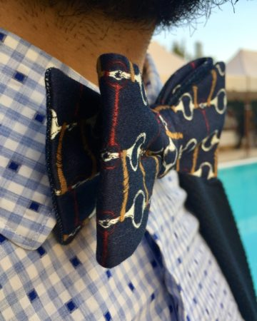 Farfallino blu in cotone con stampa vintage